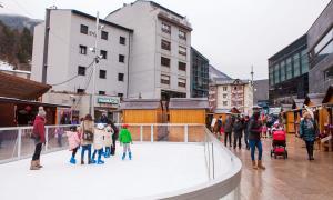 El Mercat de Nadal de la Massana tanca amb un bon balanç de visitants