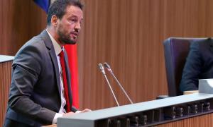 El conseller general del Partit Socialdemòcrata Pere López al Consell General.