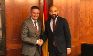 Gilbert Saboya, amb el president i conseller delegat d'AENA, Jaime García-Legaz.