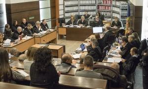 Assistents al judici de BPA a la sala de Prada Casadet.