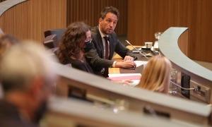 El conseller general socialdemòcrata Pere López considera que s'ha menystingut el copríncep francès.