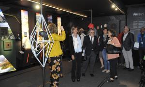 La inauguració oficial del Piribus va tenir lloc el 8 d'octubre.