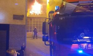 L'incendi es va originar al primer pis de l'edifici.