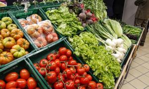 Productes alimentaris en un establiment.