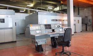 Taula de control a la sala dels emissors de Sud Radio: la fotografia data del 2013.