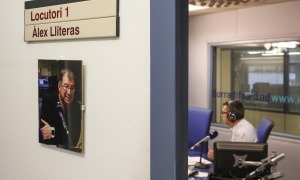 El locutori recordarà el periodista Àlex Lliteras.