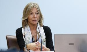 Ester Fenoll és secretària d'Afers Socials i Ocupació.