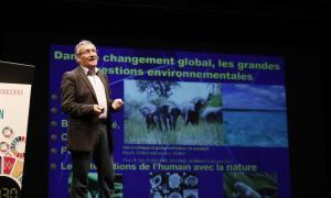 """Un petit Estat pot ser """"exemple"""" en polítiques contra el canvi climàtic"""