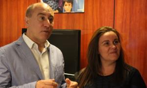 Alfons Clavera i Raquel Fernàndez es van reunir amb Unicef Andorra a la seu social de l'entitat.