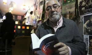 L'escriptor encampadà en la presentació del patracol verdaguerià, el 12 de març a La Fada, just abans del confinament.
