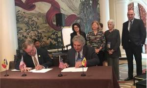 Signatura de l'acord.