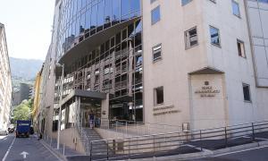 L'Àrea de Medicina Legal i Forense està ubicada a l'edifici de les Boïgues.