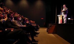 """Jover destaca els """"esforços per millorar la qualitat"""" educativa"""