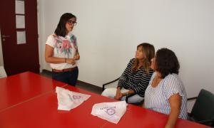 Vanessa M. Cortés parla amb Elisa Muxella i Antònia Escoda.