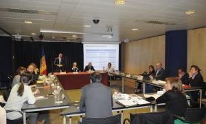 Els comuns i el Govern tanquen l'acord per a les competències