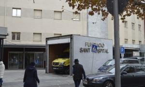 Exterior de l'hospital de la Seu d'Urgell, on treballa el sanitari que ha esclatat per les xarxes.