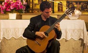Concert d'Albert Pià a l'església parroquial d'Ordino, el 2012, amb motiu del Festival Narciso Yepes.