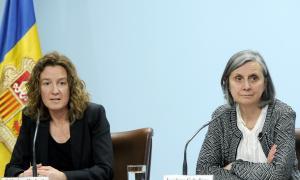 La ministra de Medi Ambient, Agricultura i Sostenibilitat, Sílvia Calvó, i l'ambaixadora de França a Andorra, Jocelyne Caballero, durant la roda de premsa d'aquest dimarts.