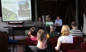 La presentació de la quarta edició dels Festivals de Senderisme dels Pirineus a la Seu d'Urgell.