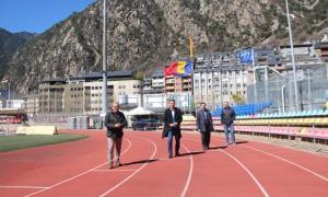 Els candidats de la llista territorial d'Andorra la Vella de DA a l'Estadi Comunal, ahir.