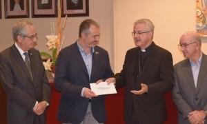 L'arquebisbe Joan-Enric Vives i Fàbrega, justament el dia de la donació a l'hospital de 500.000 euros vehiculada a través de la Fundació Llar Cristiana Maria Maestre.