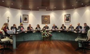Un moment de la sessió del consell de Comú d'Encamp d'ahir a la tarda.