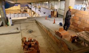Aspecte de les obres que s'estan fent a les piscines comunals d'Escaldes-Engordany.