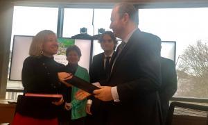 Actua i Business France signen el primer acord de col·laboració