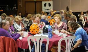 Uns 250 padrins participen a la Festa de Tots Sants de la gent gran d'Encamp i Andorra la Vella