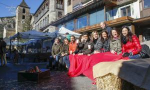 El centre d'Ordino es converteix en un gran mercat de nadal