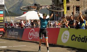 La resident Eva Garrido  es penja el bronze en  els Mundials Màsters