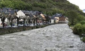El riu Garona al seu pas per Bossost