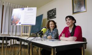 Meritxell Farrero i Jonaina Salvador en la presentació de la campanya, ahir.