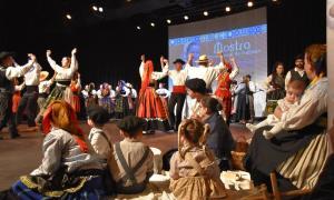 Durant la mostra, el Grup de Folklore Casa de Portugal va celebrar el 22è aniversari.
