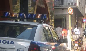 Dos detinguts per barallar-se amb una espasa i una pistola