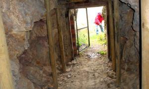 L'entrada de la mina Solita de Peramea.