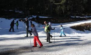 Esquiadors a l'estació de Tuixent-la Vansa el 7 de desembre passat.