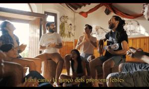 La versió musicada de 'La cançó dels pronoms febles' ja va per les 30.000 visites al YouTube.