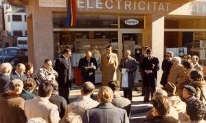 26 de novembre del 1977: el síndic Julià Reig presideix la inauguració del carrer Ciutat de Consuegra, a Prada Ramon.