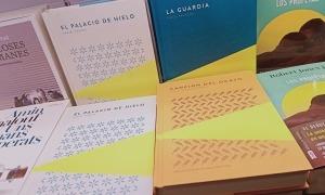 Els tres primers volums de la col·lecció Piteas de narrativa de Trotalibros, a l'FNAC de la capital.