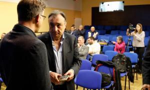 Vila i Pons abans de la reunió amb les entitats de la capital.