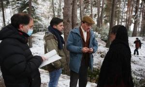 Franch, Trullenque, Casamajor i López repassen el guió abans de rodar.