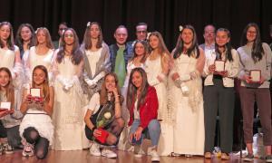 Foto de família dels guanyadors del concurs, ahir al Comú d'Escaldes.