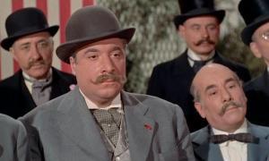 Castanyer, a la dreta, amb Jacques Morel a 'Elena et les hommes', dirigida per Renoir (1956) amb Ingrid Bergman com a protagonista.