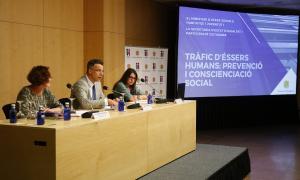 La conferència es va celebrar a la sala Consòrcia del Centre de Congressos.