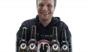Jordi Blasco, que regenta un obrador de cervesa artesana a Arsèguel