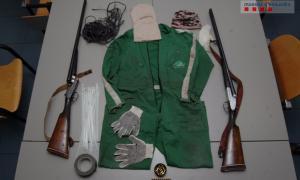 Material intervingut als presumptes assaltants d'una granja a Organyà.