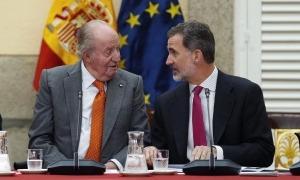 El rei emèrit Joan Carles I, i el seu fill, Felip VI, que protagonitzarà el primer viatge oficial d'un monarca espanyol a Andorra.