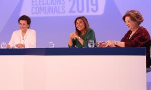 Les tres candidates a cònsol d'Andorra la Vella durant el debat televisiu d'ahir a la nit.