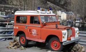 Land Rover de la segona meitat dels 60, el primer destinat a l'equip de salvament de muntanya.